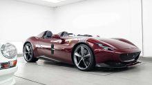 Este Ferrari Monza SP2 recibe un tratamiento facial muy especial