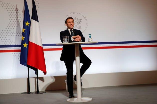 """""""Je vous ai perdu Klaus!"""": le moment de solitude de Macron au sommet de Davos"""