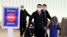 Hong Kong veta a personas procedentes de Hubei y la cifra de muertos en China sube a 80