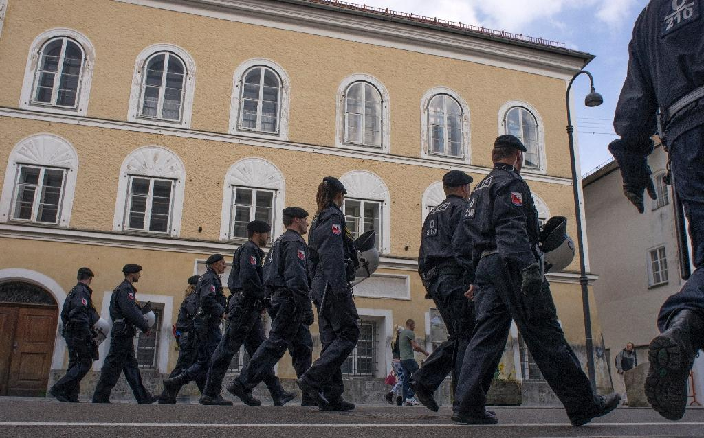 The house in which Adolf Hitler was born in Braunau am Inn, Austria (AFP Photo/Joe Klamar)
