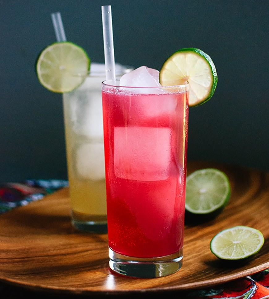 669a86e5ff0 The 9 Best Summer Cocktail Recipes With 200 Calories or Less