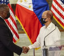 Philippine leader retains pact allowing US war exercises