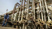 CNPC, CNOOC Weigh Deal for Exxon's Iraq Oil Field Stake