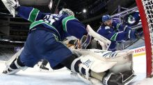 NHL Bubble Wrap: Flyers, Canucks force more Game 7 playoff matchups