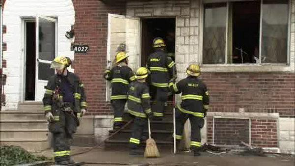 Man rescued from Juniata Park fire