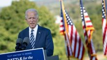 """Pour Joe Biden, les """"forces de l'ombre"""" et de """"la division"""" déchirent les Américains"""