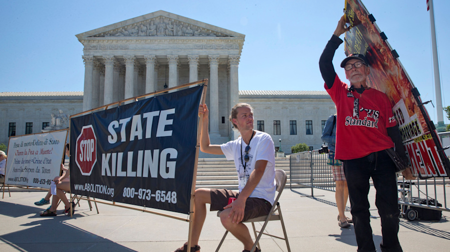 Divided Supreme Court blocks Texas execution