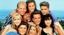 Vuelve 'Sensación de vivir': desvelamos los trapos sucios de la serie original