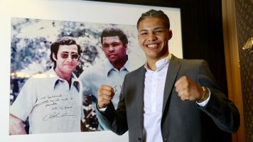 Highly touted teen signs withTop Rank