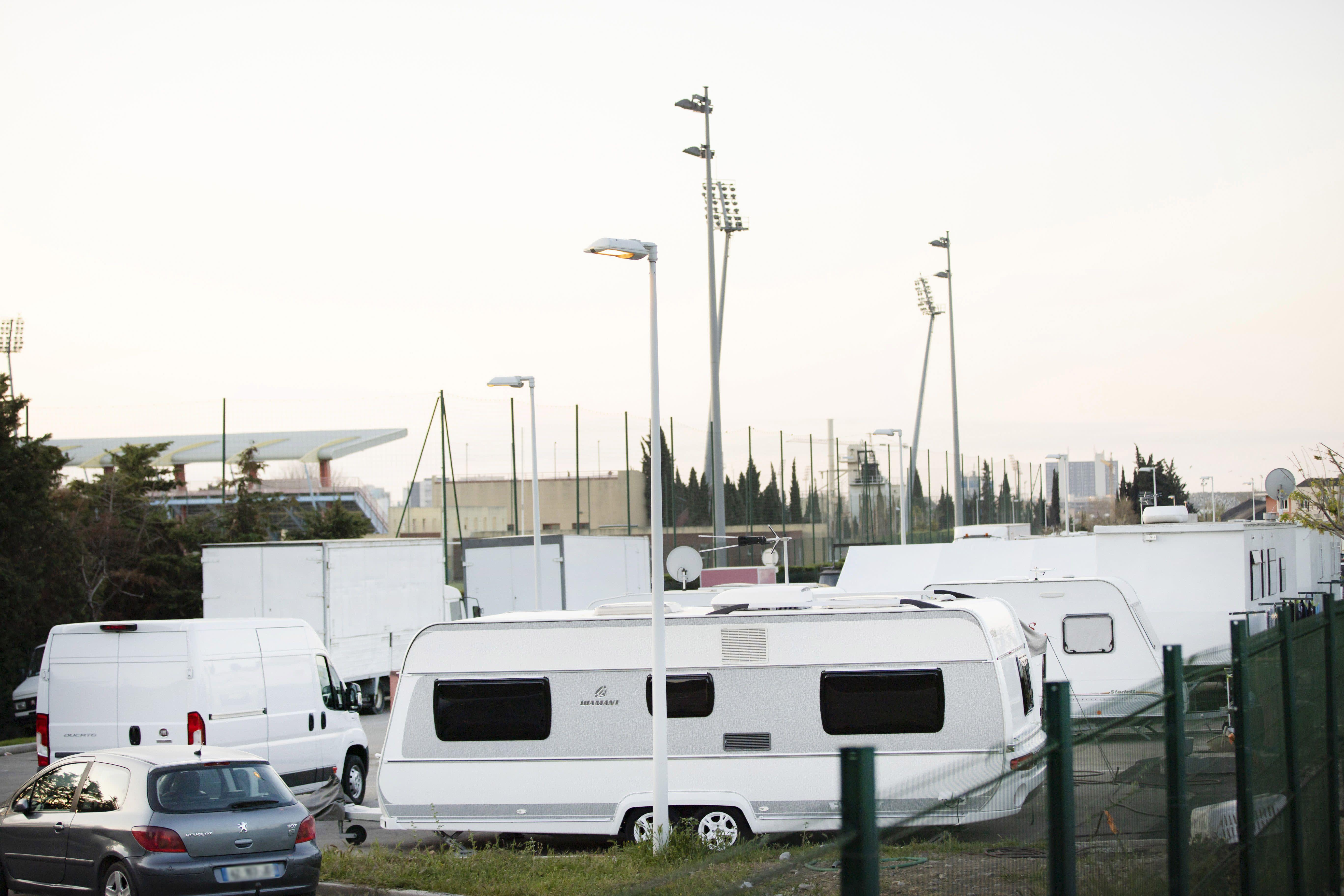 Gens du voyage: les aires d'accueil comptabilisées dans les quotas de logements sociaux?