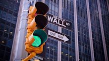 Dow Jones Rebounds Over 300 Points On Strong GDP; Apple Earnings On Deck
