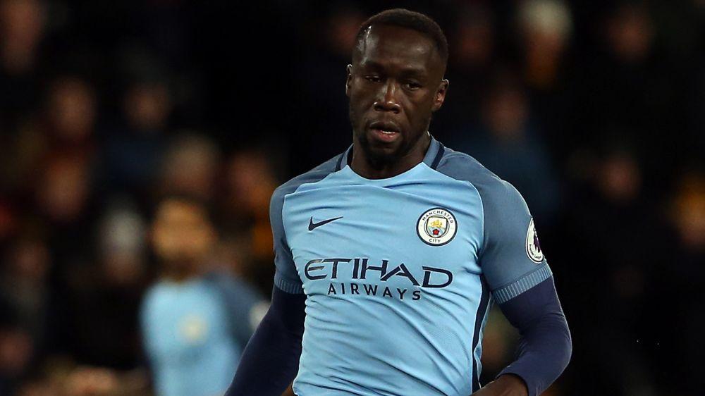 Libre, Bacary Sagna pourrait rebondir en Premier League
