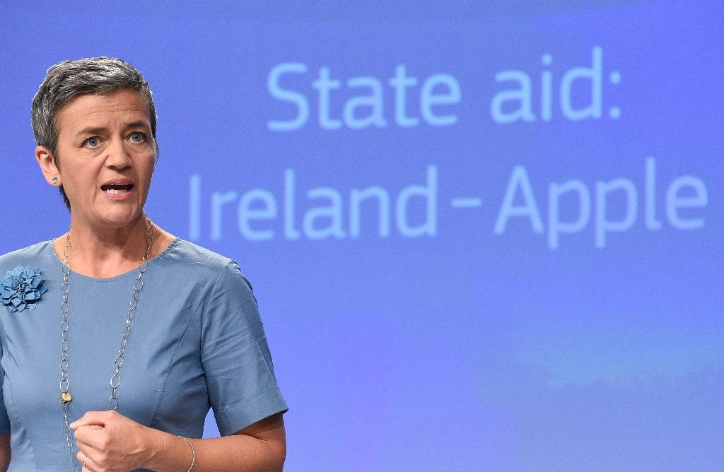 EU Competition Commissioner Margrethe Vestager ordered Apple to pay a record 13 billion euros in back taxes on August 30, 2016 (AFP Photo/John Thys)