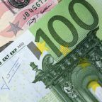 EUR/USD Daily Forecast – U.S. Dollar Is Under Pressure Ahead Of The Weekend