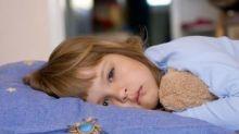 Insomnio infantil: por qué los padres deberían dejar de considerar normal que sus hijos duerman mal