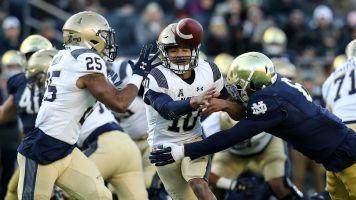 Navy, Notre Dame won't open season in Ireland