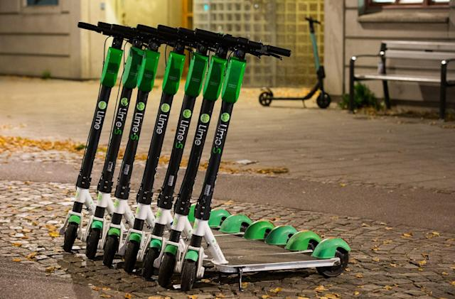 Lime launches a weekly subscription for scooters and e-bikes