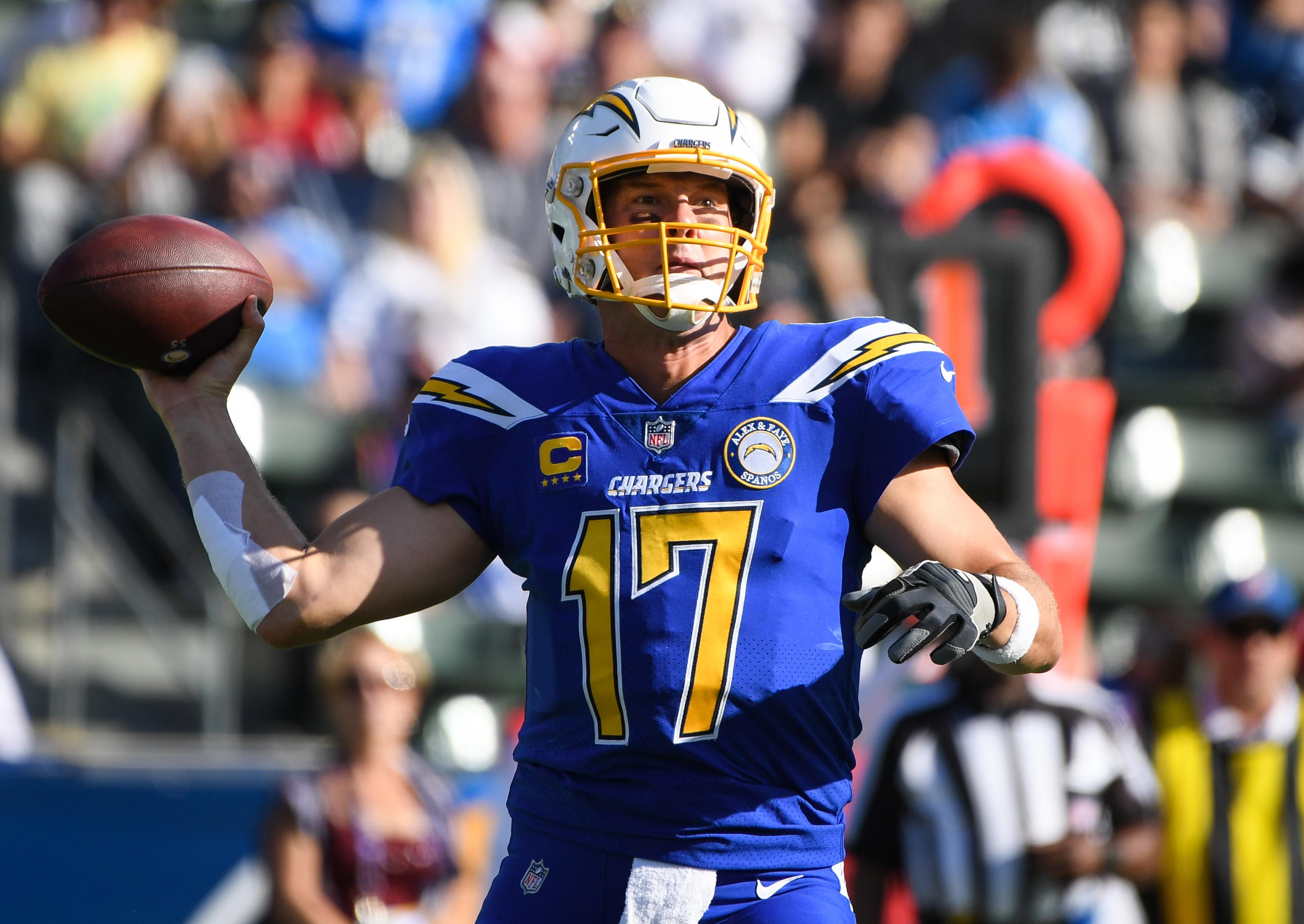 Philip Rivers ties NFL record with 25th straight completion