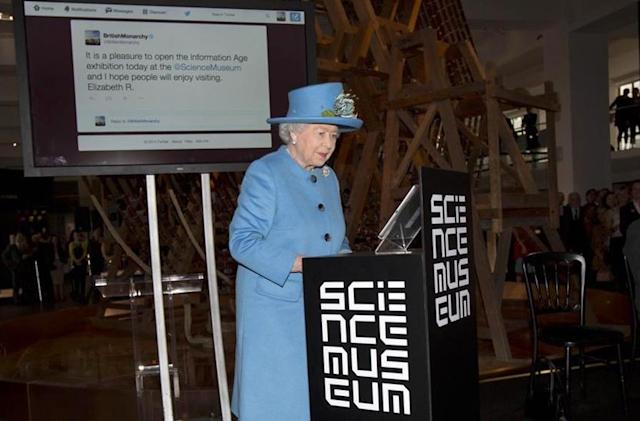 Queen Elizabeth II takes to an iPad to send her first Tweet