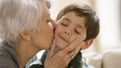 Why I Won't Be Forcing My Kids To Kiss Their Relatives At Christmas