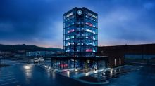 Carvana Unveils Kansas City Car Vending Machine