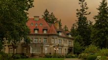 'Fleeing cars melted as the sky turned orange' – a postcard from Oregon as fires ravage the state