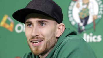 Gordon Hayward looks healed in workout video