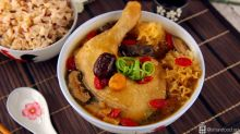 Snow Fungus Chicken Soup