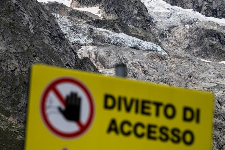 Italy evacuates alpine resort over risk of Mont Blanc glacier collapse