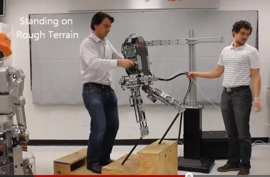 Hume: the bipedal 'Parkour' robot (video)