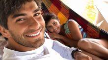 Deborah Secco rebate seguidor que ofendeu seu marido em postagem no Instagram: 'Mico'