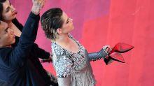 K.Stew Rebels Against Cannes' Heels Rule