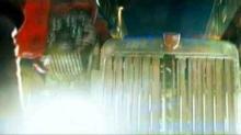 'Transformers' Clip: Autobot Arrival