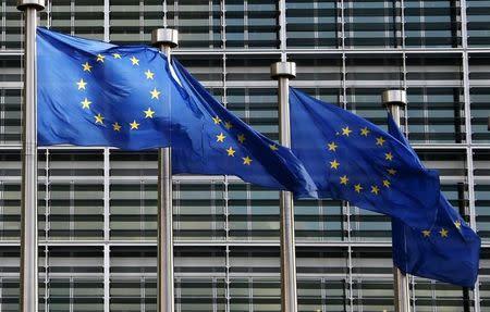 EU to probe big tech companies in digital market overhaul
