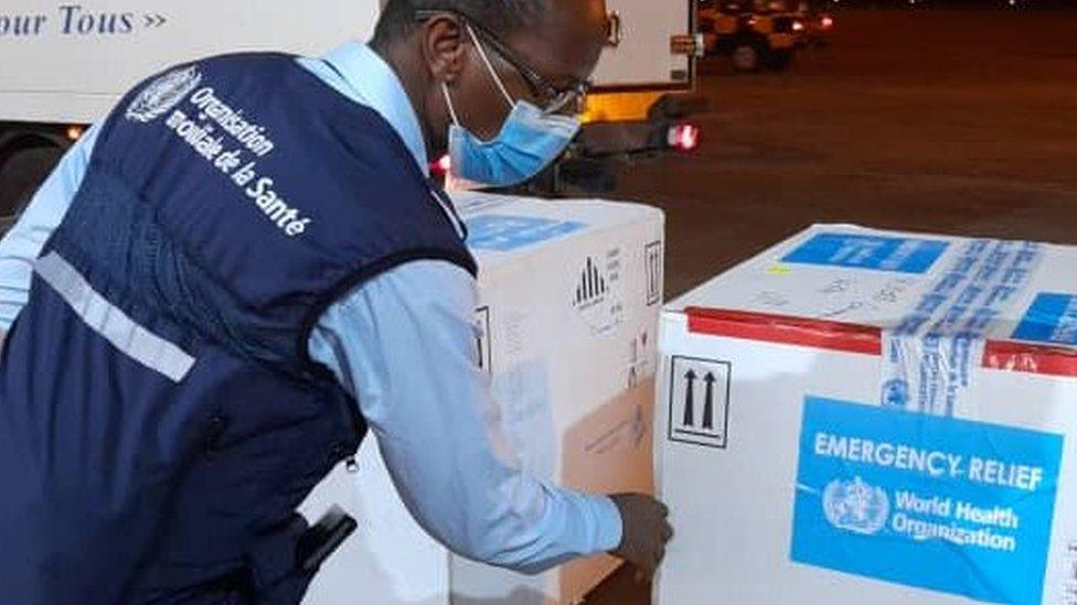 Ebola vaccines arrive in Guinea after dust storm delay