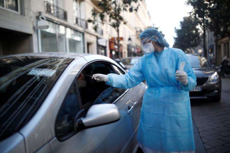 France reports new spike in coronavirus deaths, bringing total to 1,696