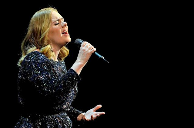 Adele's '25' heads to streaming services now that you bought it