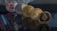 Pronóstico de Precios de Bitcoin y Ethereum: Las Principales Altcoins Planas tras la Venta Inspirada por Miedo, Incertidumbre y Duda