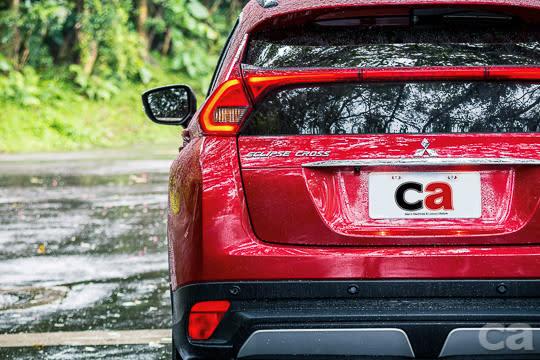 LED造型尾燈與雙後擋風玻璃的結合,不但車內看出來特別,在車外更是一大視覺焦點。