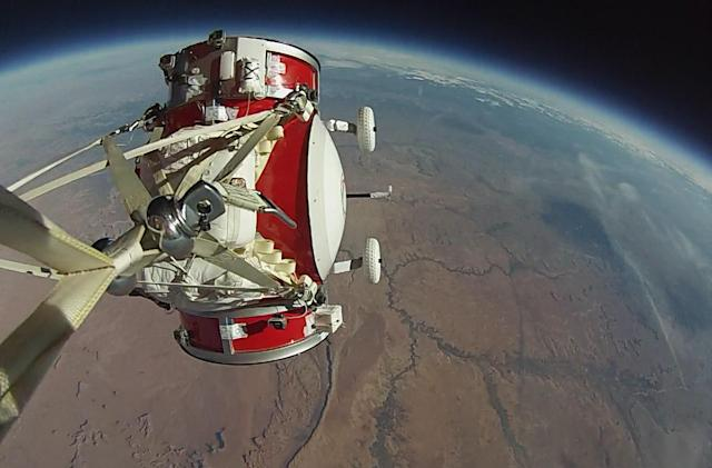 World View tests a small version of its balloon-powered spacecraft