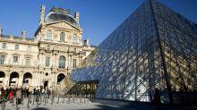 Le Louvre victime de revendeurs à la sauvette