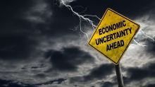 Oro Prueba 1.500 por Guerra Comercial, Recesión y Temores de Recorte de Tasas
