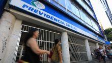Governo prevê gastar R$ 9,7 bi para zerar fila do INSS neste ano