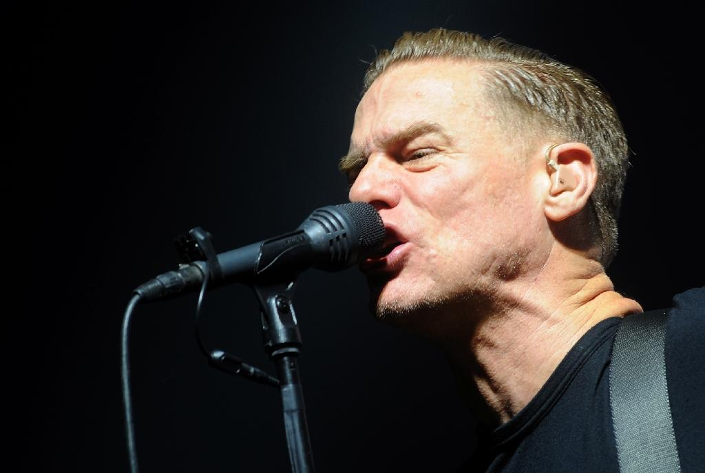 Please forgive me? Egypt customs deface Bryan Adams' guitar
