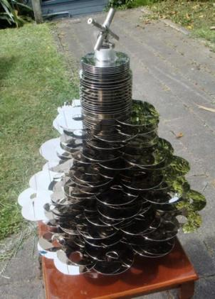 Xmas tree made entirely of SCSI drives, offers lower CPU load than IDE alternatives