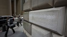 Fed Aims a Half-Trillion Dollar Liquidity Hose at Year-End Risks