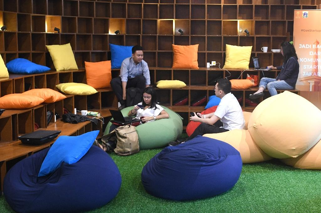 Indonesia has seen a surge of cash into its technology sector over the past two years, helping support dozens of homegrown start-ups ranging from ride hailing apps to e-commerce firms. (AFP Photo/GOH Chai Hin)