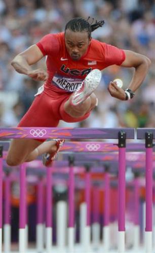 Atletismo - Los cubanos Dayron Robles y Orlando Ortega a la final de 110 metros vallas