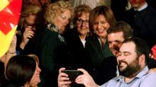 La 'fiesta' de Casado: Aznar y Rajoy por separado, muchos independientes y obviar a Vox
