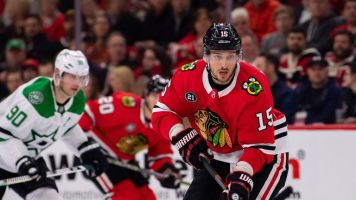 Blackhawks ship Anisimov to Sens for Smith
